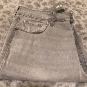USED OLD NAVY ROCKSTAR JEANS